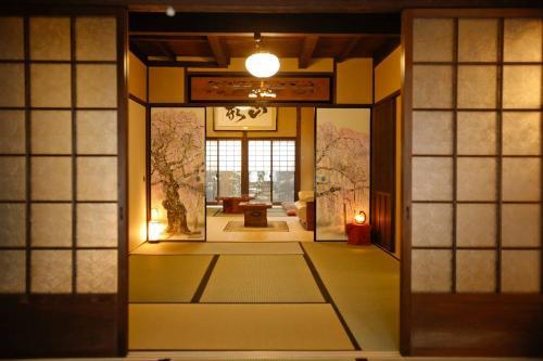 Yamagata Kyomachi Hatago Nishijin