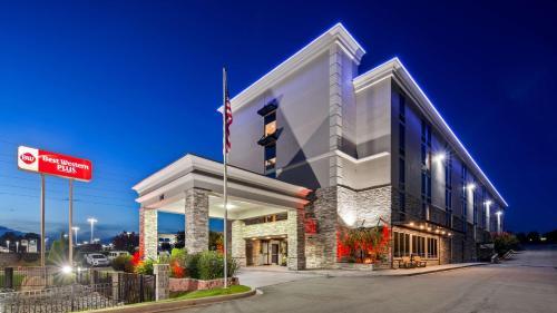 Best Western Plus Greenville I-385 Inn & Suites - Hotel - Greenville