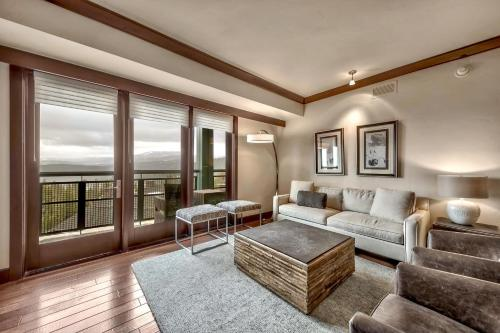 Constellation Residences - 3 Bedroom Penthouse Condo - Apartment - Truckee