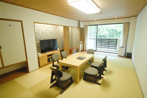 Ushitaki Onsen Shiki Matsuri image