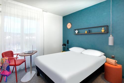 Ibis Styles Clermont Ferrand Gare - Hotel - Clermont-Ferrand