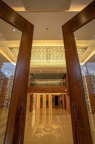 . Hotel Sanchaung