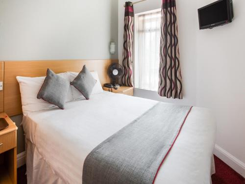 OYO London Guest House - image 5