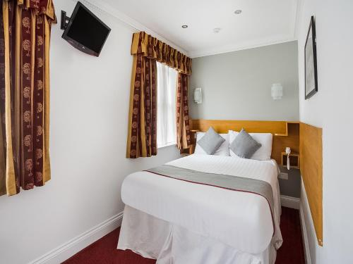 OYO London Guest House - image 9