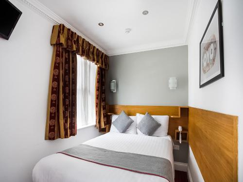 OYO London Guest House - image 11
