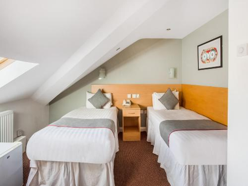 OYO London Guest House - image 12