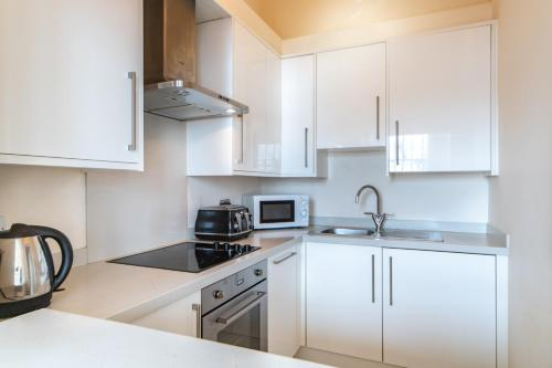 Picture of Richmond Riverside Apartment