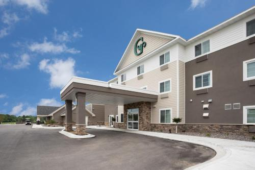 . GrandStay Hotel & Suites