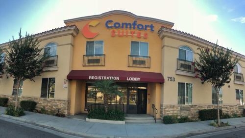 . Comfort Suites Near City of Industry - Los Angeles