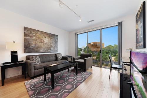 Global Luxury Suites at UCONN Downtown Stamford