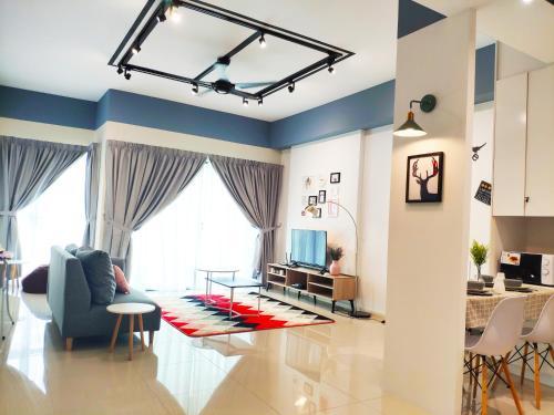 5-Star Apartment + Infinity Pool, 4 pax, 1 min to Jaya One, Kuala Lumpur
