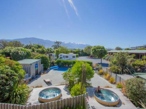 . Alpine-Pacific Holiday Park