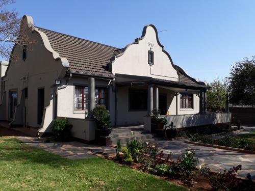 Mandys Corner Lodge