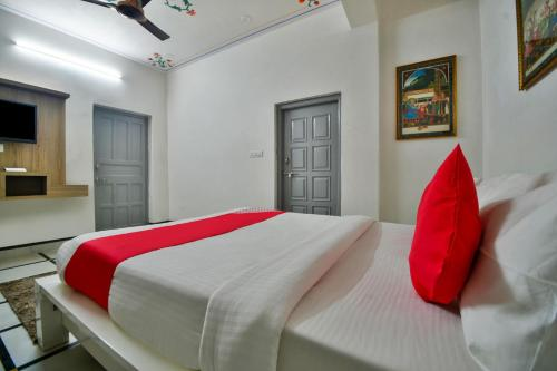 Bilik Double Kecil   (Small Double Room)