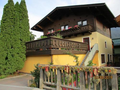 Haus am Dorfplatz - Apartment - Uttendorf Weißsee