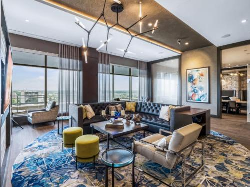 . Bluebird Suites Near Chevy Chase