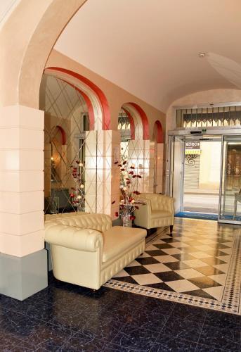 . Hotel Amadeus E Teatro