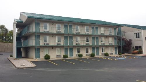 Days Inn By Wyndham Harrison - Harrison, AR 72601