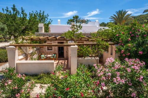 Habitación Doble Deluxe con terraza - 1 o 2 camas Can Lluc Hotel Rural 10