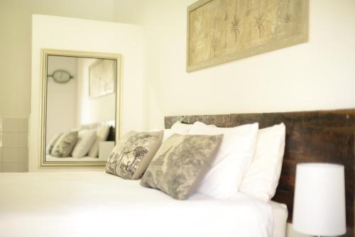 . El Shadai Guest House
