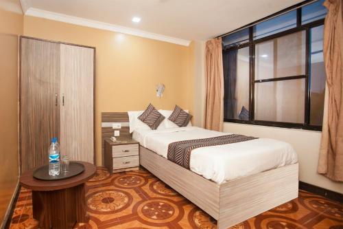 Oyo 343 Pop Life Hotel