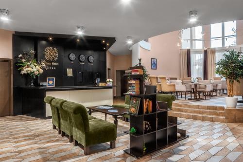 . Hotel Minin on Pozharskogo Street