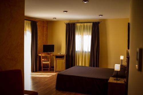 Accommodation in Deifontes