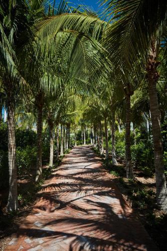 1 Knights Key Boulevard, MM 47, Marathon, Florida 33050, United States.