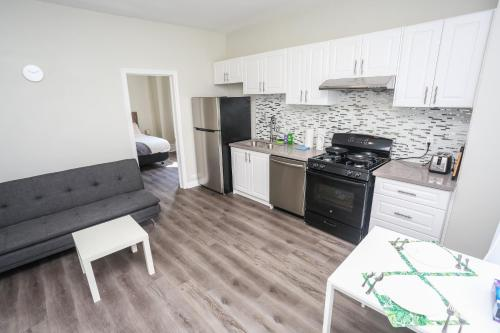 . Cozy Apartments In Kitchener