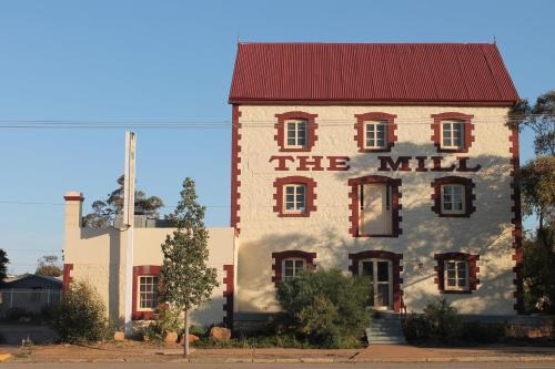 Фото отеля Flinders Ranges Motel - The Mill