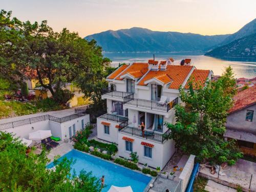 . Apartments Castello Risano