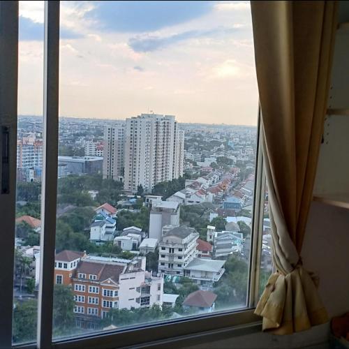 22nd floor BTS Udomsuk Exit 1 22nd floor BTS Udomsuk Exit 1
