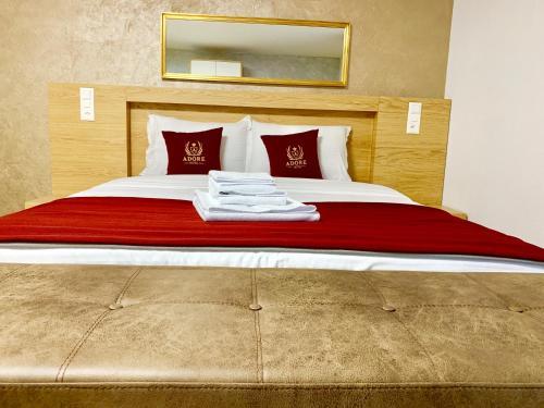 Hotel Adore, 1032 Romanel