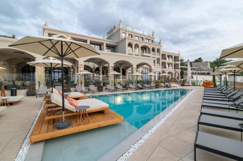 . Villa Chinka by Astor Garden Hotel