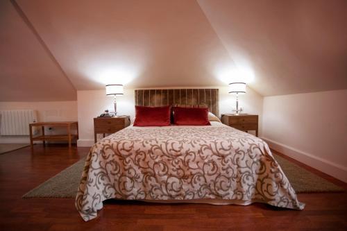 Juniorsuite mit Doppelbett oder 2 Einzelbetten  Hotel Hacienda Montenmedio 3