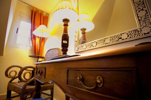 Juniorsuite mit Doppelbett oder 2 Einzelbetten  Hotel Hacienda Montenmedio 2