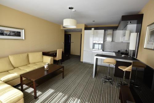 Olives City Hotel - Photo 2 of 47
