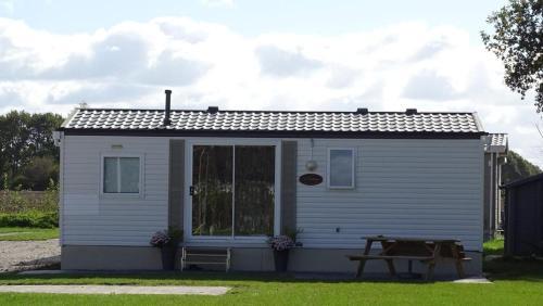 Weerribben Chalets, Pension in Paasloo bei Steenwijk