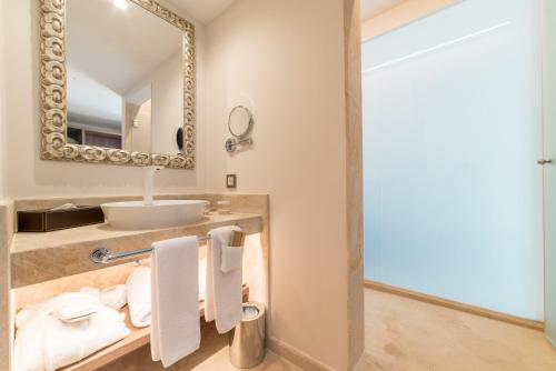 Standard Double Room - single occupancy Hotel Creu de Tau Art&Spa-Adults only 3