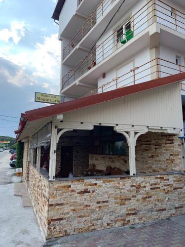 Hotel Monte Carlo, Mosoaia