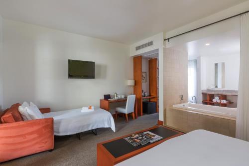 Hotel Casa 425 + Lounge A Four Sisters Inn - Claremont, CA CA 91711