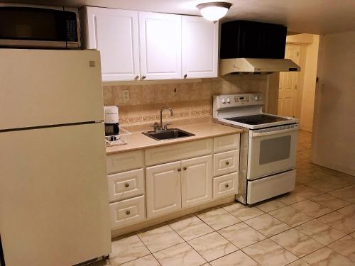 Private 2 Bedrooms 1 Bathroom 1 Kitchen Suite