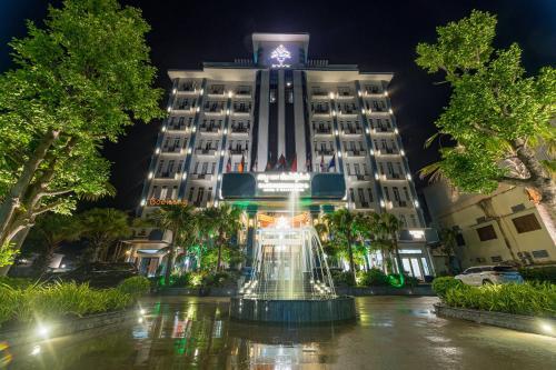 . Kampong Thom Royal Hotel