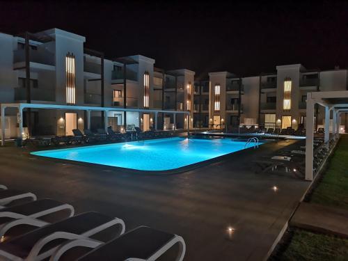 . Halos Casa Resort