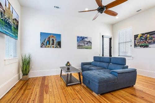 . 3BR Loft on Carondelet by Hosteeva