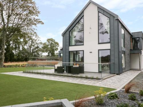 Dafarn Newydd Studio