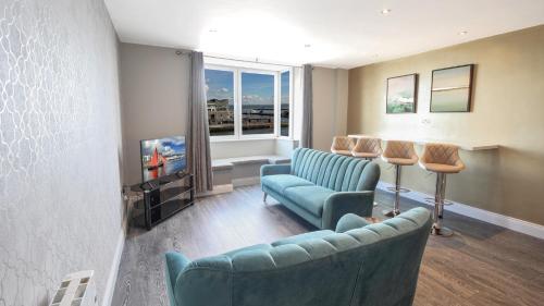 . Executive Harbour Suites D