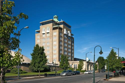 Park Place Hotel & Conference Center - Traverse City, MI MI 49684