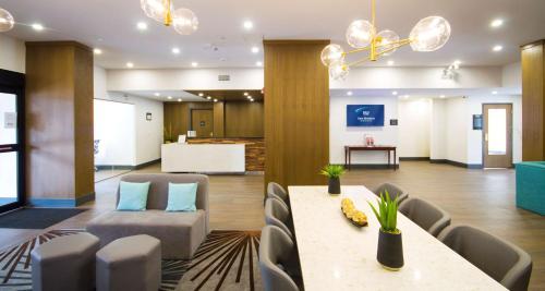 Best Western Plus Suites Downtown Calgary Foto principal