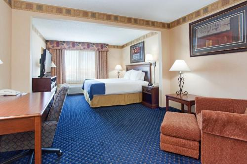 Holiday Inn Express Hotel & Suites Cheyenne - Cheyenne, WY WY 82001